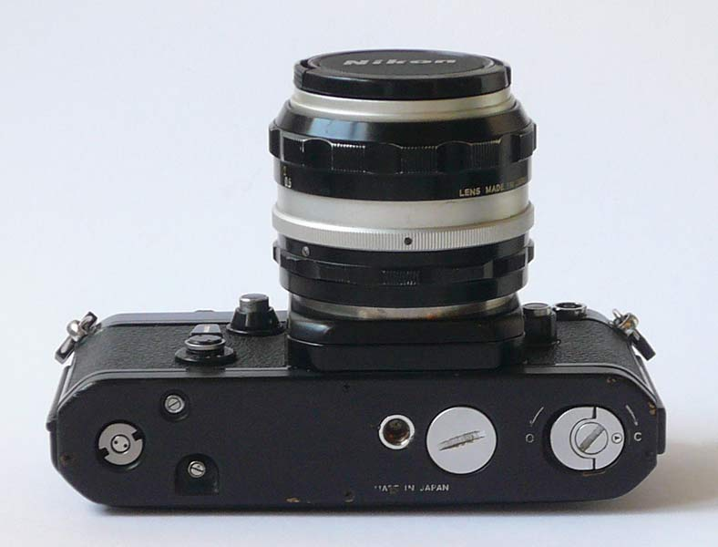 nikon f2 bottom view