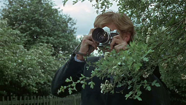 nikon f2 in blow up antonioni