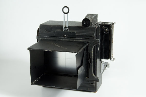 crown graphic graflex - back