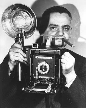 crown graphic graflex - weegee