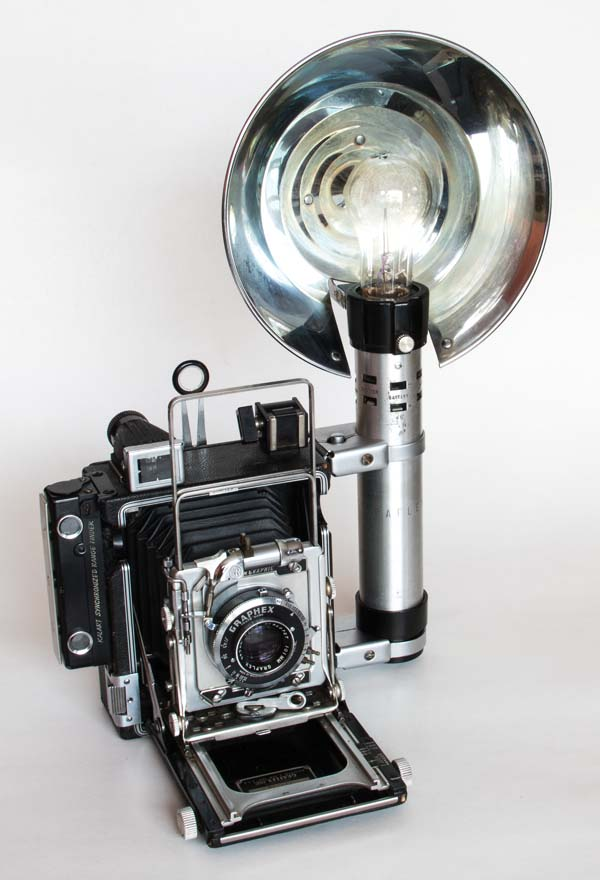 Pacemaker Crown Graphic 23 - Graflex with flashgun