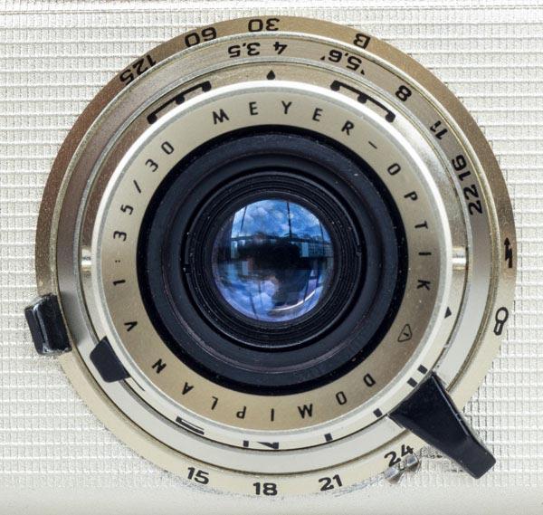 Penti II - Pentacon - Lens Domiplan 30 mm f/3.5