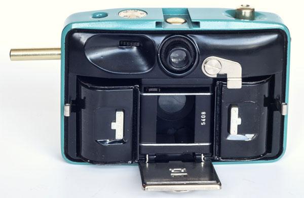 Penti II - Pentacon - camera back open