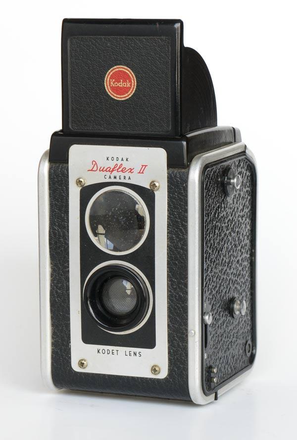 Kodak Duaflex II - front view with viewfinder open